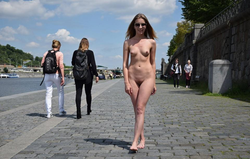 http://sd.uploads.ru/0ZCX5.jpg