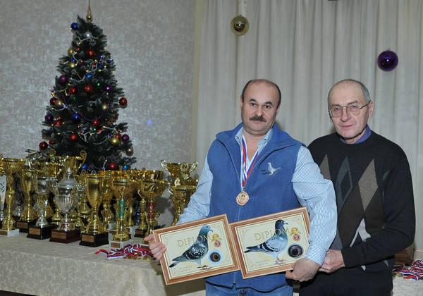http://sd.uploads.ru/t/akrKX.jpg
