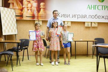 http://sd.uploads.ru/t/fCK5p.jpg