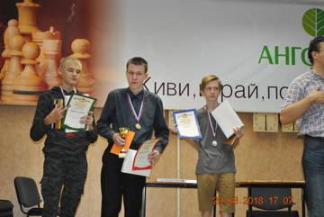 http://sd.uploads.ru/t/hHOaZ.jpg