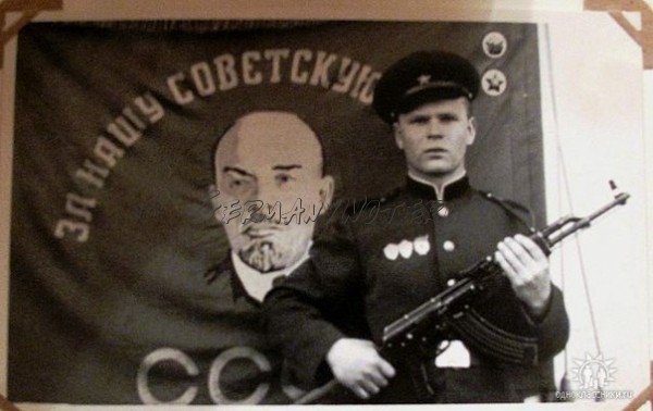 http://sd.uploads.ru/t/oXVYx.jpg