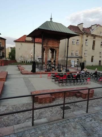 http://sd.uploads.ru/t/xRCKA.jpg
