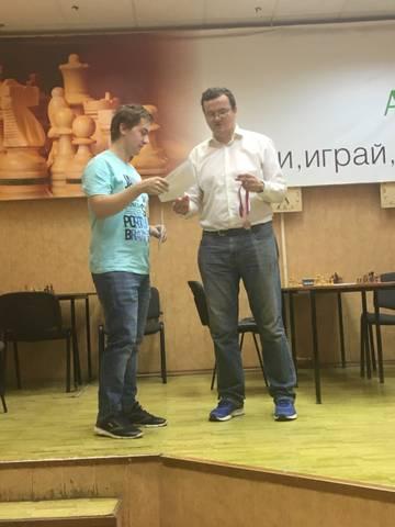 http://sd.uploads.ru/t/U6uIw.jpg