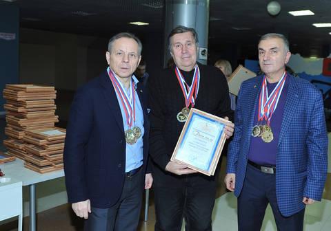 http://sd.uploads.ru/t/ZGlny.jpg